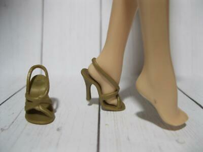 BARBIE GOLD STRAPPY SANDALS SHOES BEADS FIT FLAT FEET FASHIONISTA SKIPPER PETITE