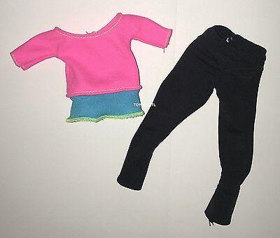 NEW Barbie Made To Move Doll Light Blue /& Orange Yoga Top T-Shirt Tee Clothing