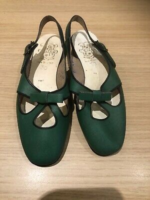 Vintage French Girls Green Leather Slingbacks Size 30