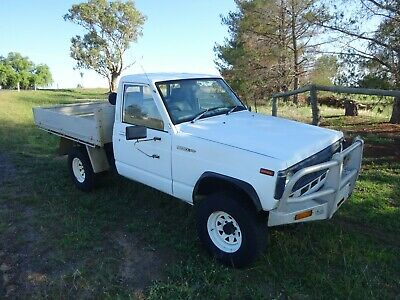 Nissan Patrol  6/1989  4X4 Alloy Tray Back Ute  Suit Toyota Hi Lux Mazda Ford !!