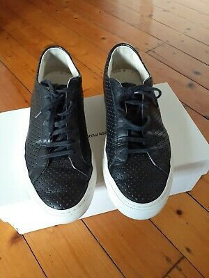 Common Projects Achilles Low (Size 42) black perforated leather