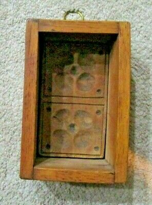 ANTIQUE HAND CARVED FOLK ART WOODEN BUTTER PRINT MOLD PRESS BOX 2 Flowers