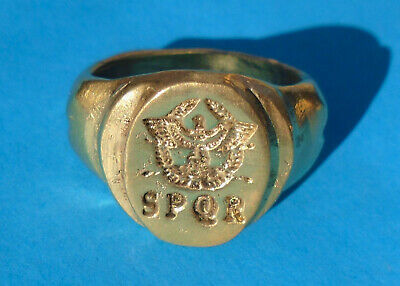 ANCIENT ROMAN LEGIONARY HIGH CARAT GOLD RING WEARABLE 13,2g; no reserve! SPQR