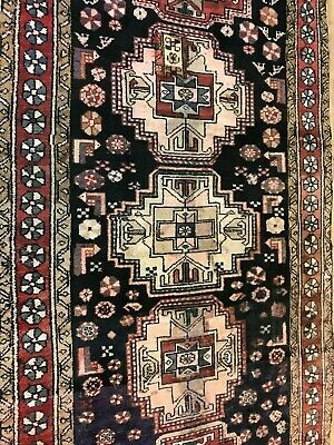 AN AMAZING OLD ANTIQUE HANDMADE TRADITIONAL ORIENTAL RUG(250 x 120 CM )