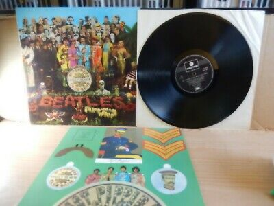 The Beatles - Sgt Peppers Lonely Hearts Club Band (Parlophone PCS 7027) LP