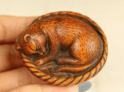 Chinese old boxwood hand carved cat sleep statue Hand pieces pendant decoration