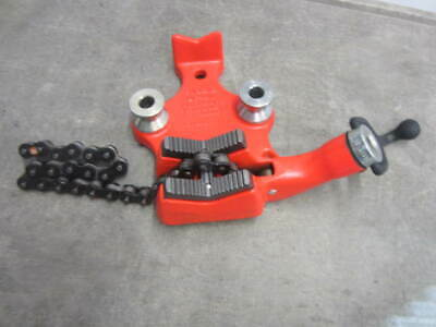 """RIDGID USA BC-410 Bench-Mount Chain Vise Tool for 1/8"""" to 4"""" Pipe"""