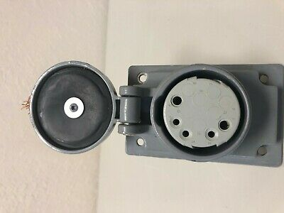 Russellstoll Skr9G 20 A 600 Vac 250 Vdc 12 Pin Receptacle