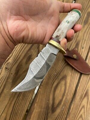 CUSTOM HAND FORGED DAMASCUS Steel Hunting Knife W/Bone & Brass Guard Handle