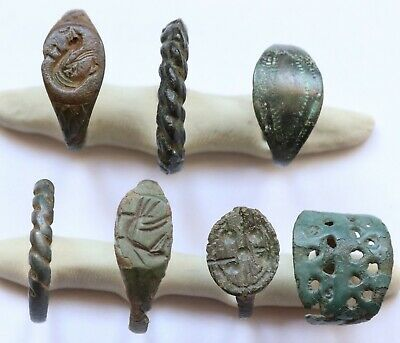 JOB LOT OF 7 AUTHENTIC MEDIEVAL BRONZE RINGS (Lot 4)