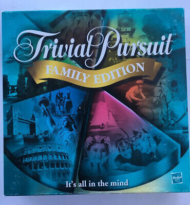 TRIVIAL PURSUIT FAMILY EDITION 2001 board Game COMPLETE
