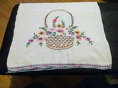 Vintage! Get Ready for Spring! Beautiful Embroidered Table Runner- Colors Pop!