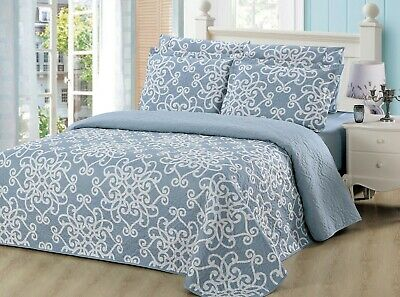 6 Piece Quilt Set by Bedding and Linen Plus, Reversable Printed Bedspread Set