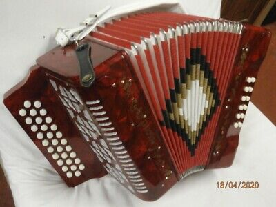 CRESCENT 12 bass diatonic button accordion G/C/F 1990- 2000 RED MARBLE