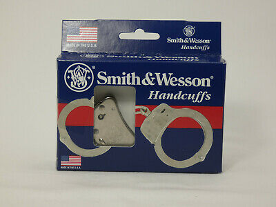 Smith & Wesson 350103 Police Double Lock Handcuffs - Nickel