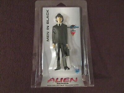Men in Black from Alien Series Set 7 with Trading Card MIP Shadowbox Collectibl