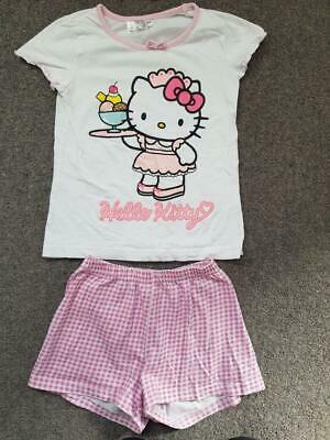 Lovely 2 Piece Outfit,  Hello Kitty T Shirt Top And Shorts Set,  5-6 Yrs