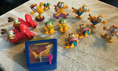 Lot of 12 Vintage Garfield Figurine 1978 1981 United Feat. Synd. Inc Plastic Toy