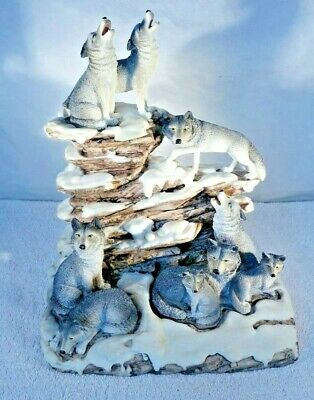 Wolf Sculpture Howling Wolves Figurine Statue