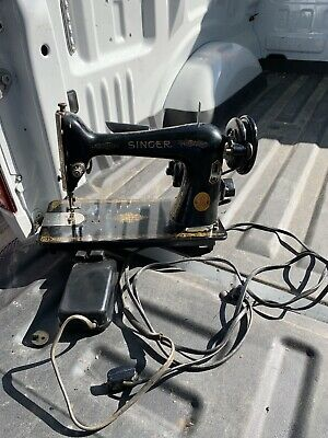 Vintage Early Singer Sewing Machine Model  w/ Foot Pedal  Serial AH233426