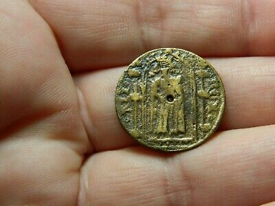 Un researched Medieval bronze jetton token King in Church detecting detector