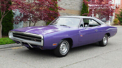 1970 Dodge Charger (1 owner since 1971) 1970 Dodge Charger R/T (1 owner since 1971) u-code 440 c.i. A/T