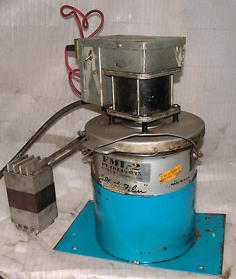 12 vdc grease pump lubricator E-Power remote , model 311 , battery or 110 vac