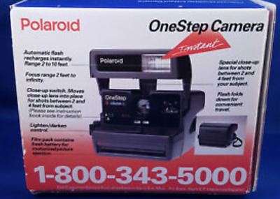 Polaroid One Step Close Up 600 Instant Film Camera Vintage w/ Strap and box