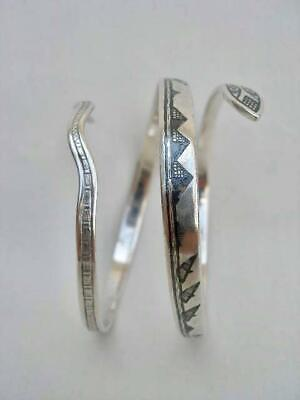 Fine Vintage Middle Eastern Hallmarked Niello Silver Coiled Serpent Bangle.