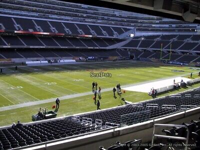 2 Chicago Bears V.s Tampa Bay Buccaneers Oct.8 Sec.243 Row 5