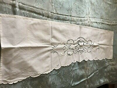 Beautiful Vintage Hand-Embroidered Linen Table Runner