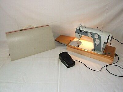 Vintage Jones Deluxe 553 Sewing Machine & Carry Case Zigzag Semi Industrial