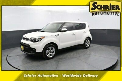 2018 Kia Soul  2018 Kia Soul  24,150 Miles Clear White 4D Hatchback I4 6-Speed Automatic with S