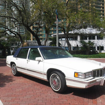 1992 Cadillac DeVille 4dr Sedan Gorgeous 1992 Cadillac Sedan Deville Collectible Free Shipping up to 1,000 miles