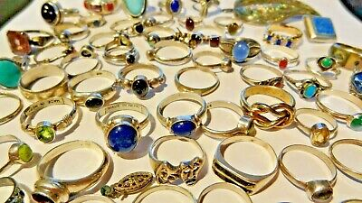 LOT of STERLING SILVER RINGS, EARRINGS & PIN FOR SCRAP, 210 GRAMS TOTAL WEIGHT.