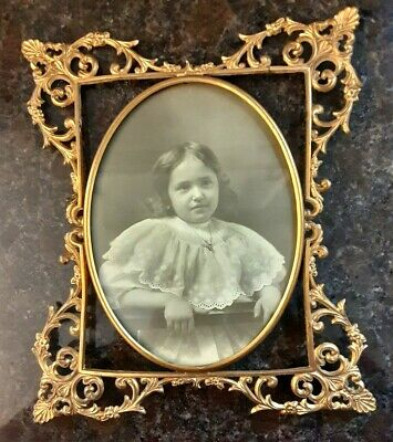 """VINTAGE ANTIQUE SOLID BRASS VICTORIAN STYLE WALL HANGING PICTURE FRAME 9""""x11"""""""