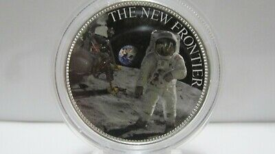 1x1 OUNCE COLORIZED FIRST FOOTSTEPS ON THE MOON FINE 999% PURE SILVER