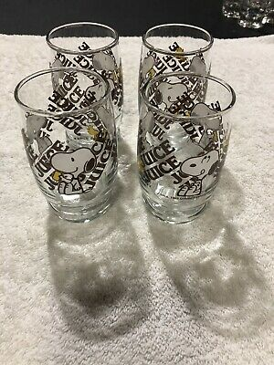"(4) 1965 Snoopy And Woodstock 4"" Tall Juice Drinking Glasses"