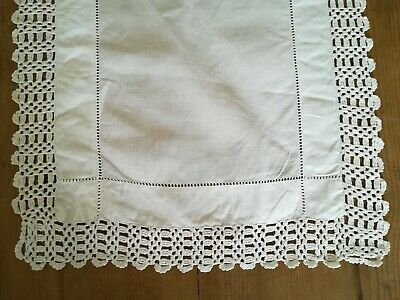 Vintage White Cotton & Lace Table Runner