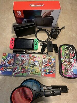Nintendo Switch Console /4 Games, Accessories