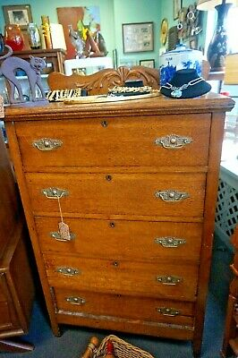 Vintage Oak Dresser   Chest Of Drawers