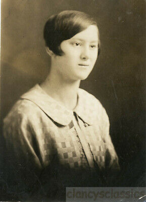 1924 Flapper Hair Unusual Down Syndrome Pretty Young Lady