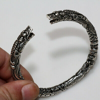 Neoclassical Silver Plated Decorated Bracelet With Animal Heads
