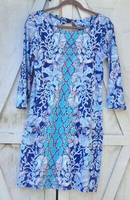 Lilly pulitzer Shift Shell Print Dress Size M. Good condition.