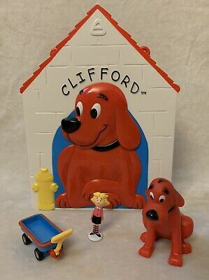 Scholastic Clifford The Big Red Dog Play House with Clifford, Emily & Wagon