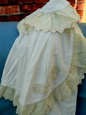 A beautiful Victorian / Edwardian winter  cape, embroidery, antique Lace  Rare