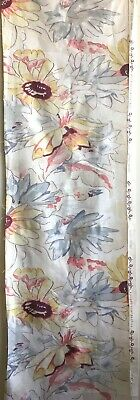 Lovely 1940's French Printed Floral Cotton Fabric  (2822)