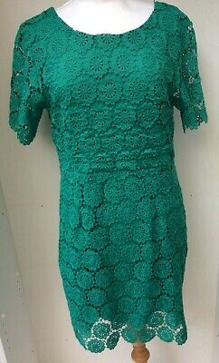 Apricot Ladies 2 x Dresses 1 x Blue 1 x Green Lined Lace Short Sleeved UK8 856ZH