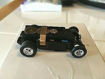 NEW DASH CHASSIS WITH VINCENT CHROME WHEELS  AURORA THUNDERJET  T-JET AW JL