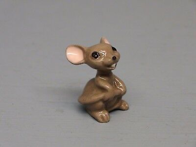 Hagen Renaker Mama Mouse Holding Tail Lots of Variations